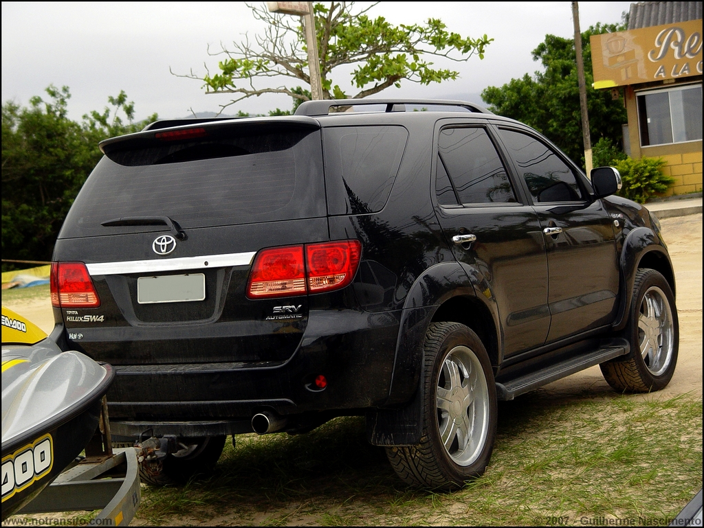 Toyota Hilux Sw4 No Tr 226 Nsito