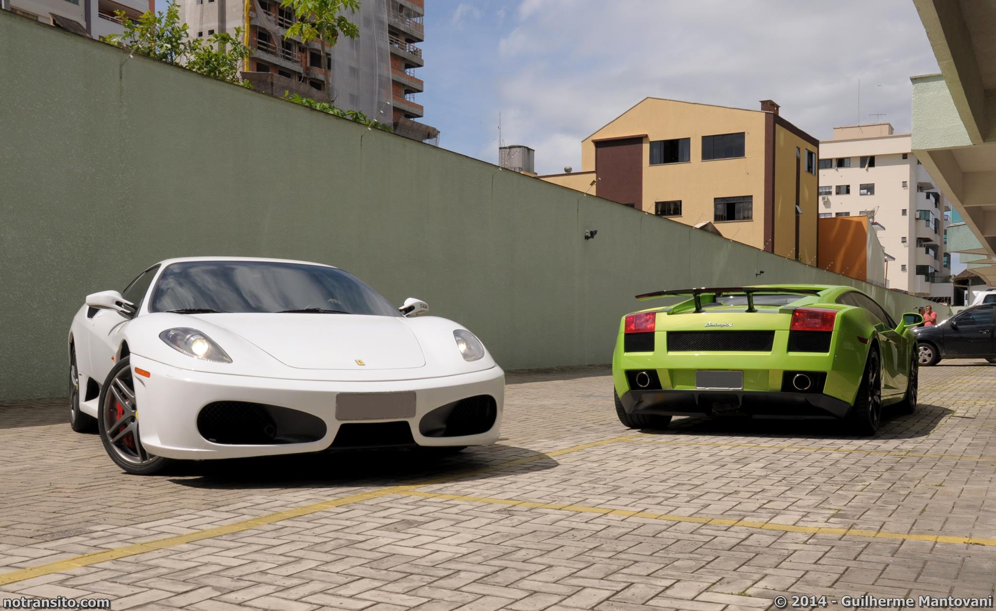 Ferrari F430 Coupe White, Lamborghini Gallardo Verde Ithaca, Meia Praia Itapema