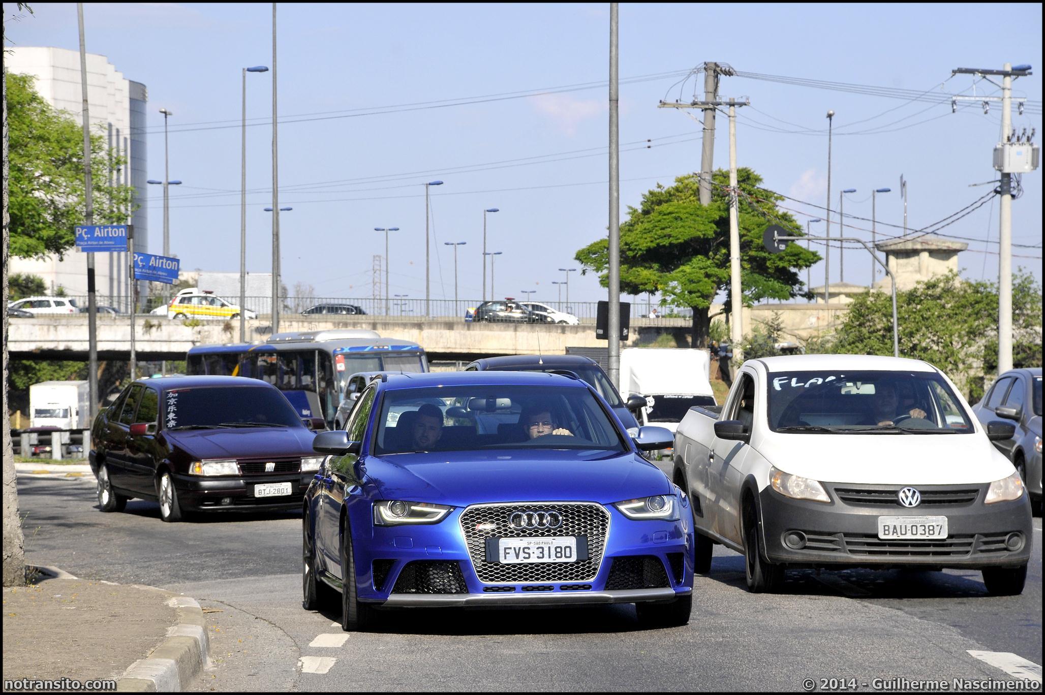 Audi RS4 Avant B8 Azul Sepang