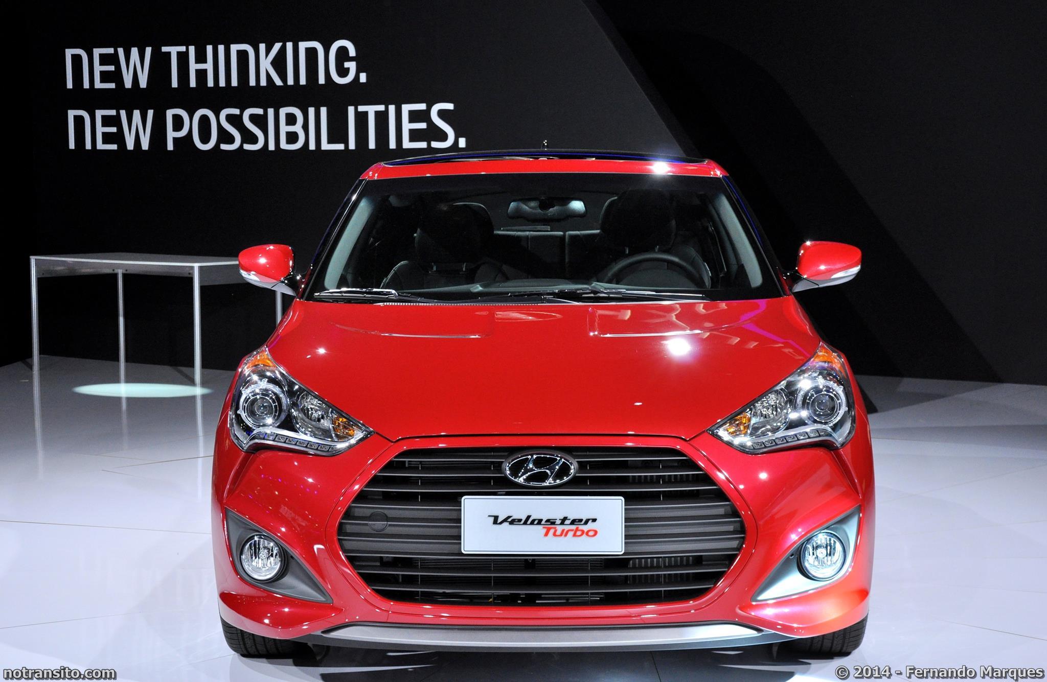 Salão do Automóvel de São Paulo 2014, 28º Salão do Automóvel de São Paulo, Hyundai Veloster Turbo Boston Red