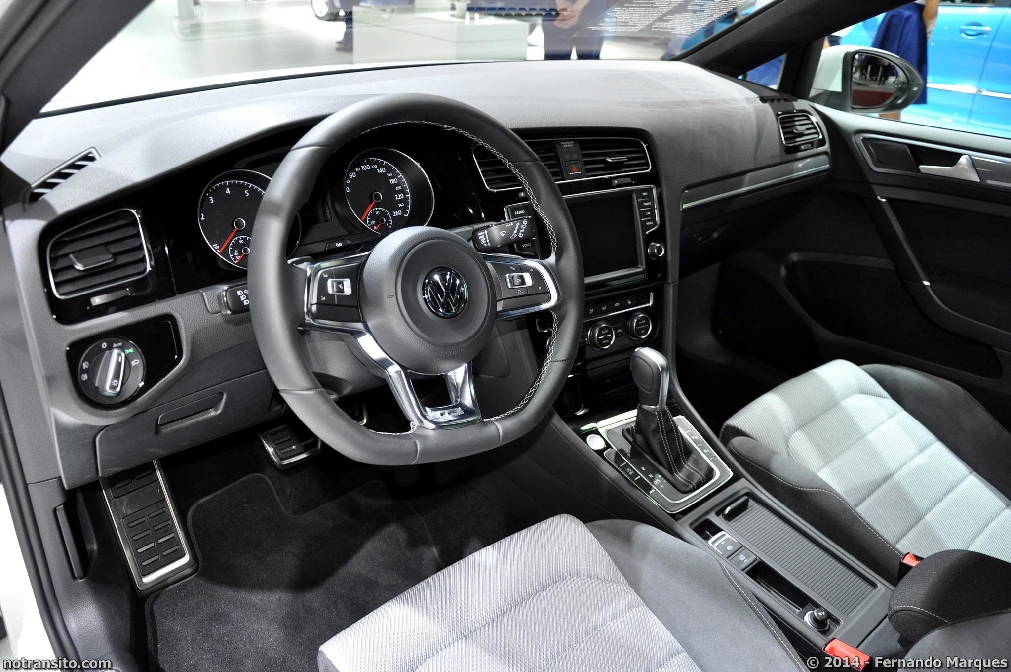 Salão do Automóvel de São Paulo 2014, 28º Salão do Automóvel de São Paulo, Volkswagen Golf Variant R-Line