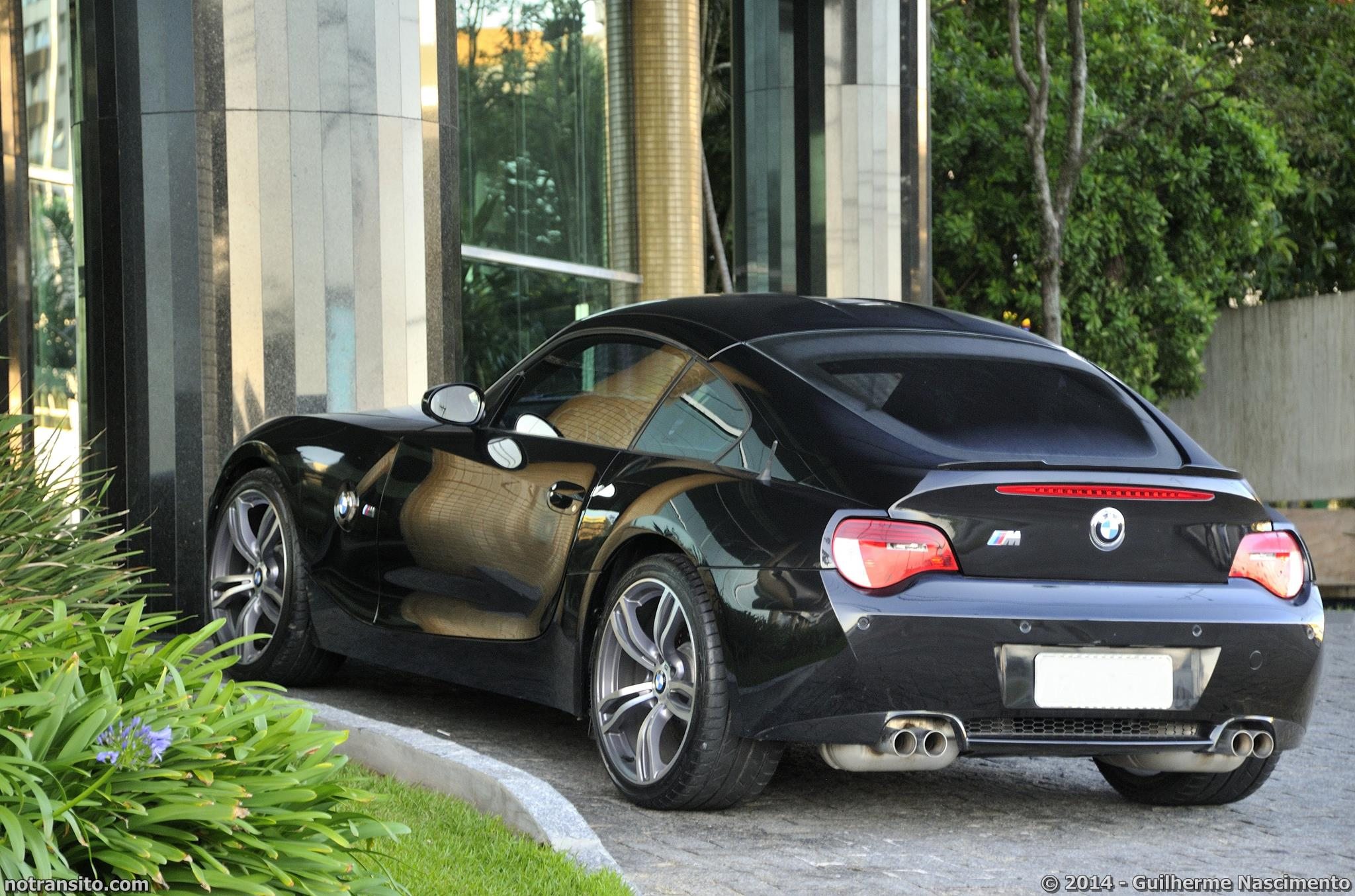 Bmw Z4 M Coupe No Transito