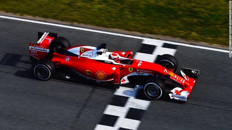 Raikkonen voou, Vettel também. Por enquanto, só eles podem ameaçar a soberania da Mercedes.