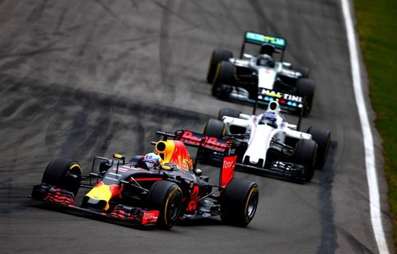 Verstappen, Bottas e Rosberg. Só o alemão se deu mal deste trio.