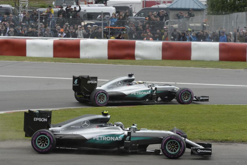Rosberg foi passear no parque pela trilha errada.