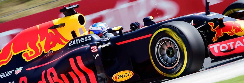 Ricciardo, mais aliviado de ter chegado a frente de Verstappen