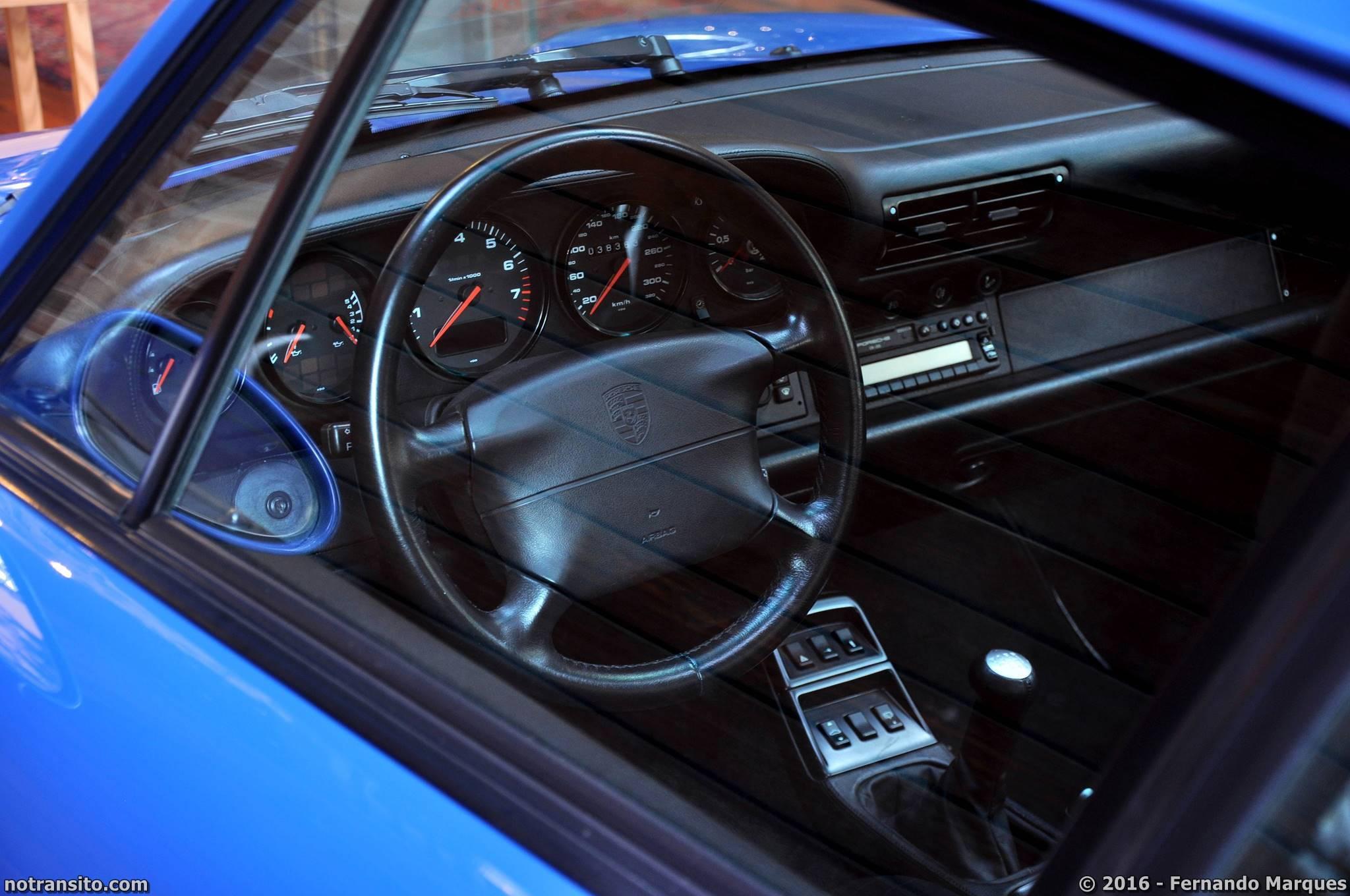 Porsche 911 Turbo 993 Turquoise Blue