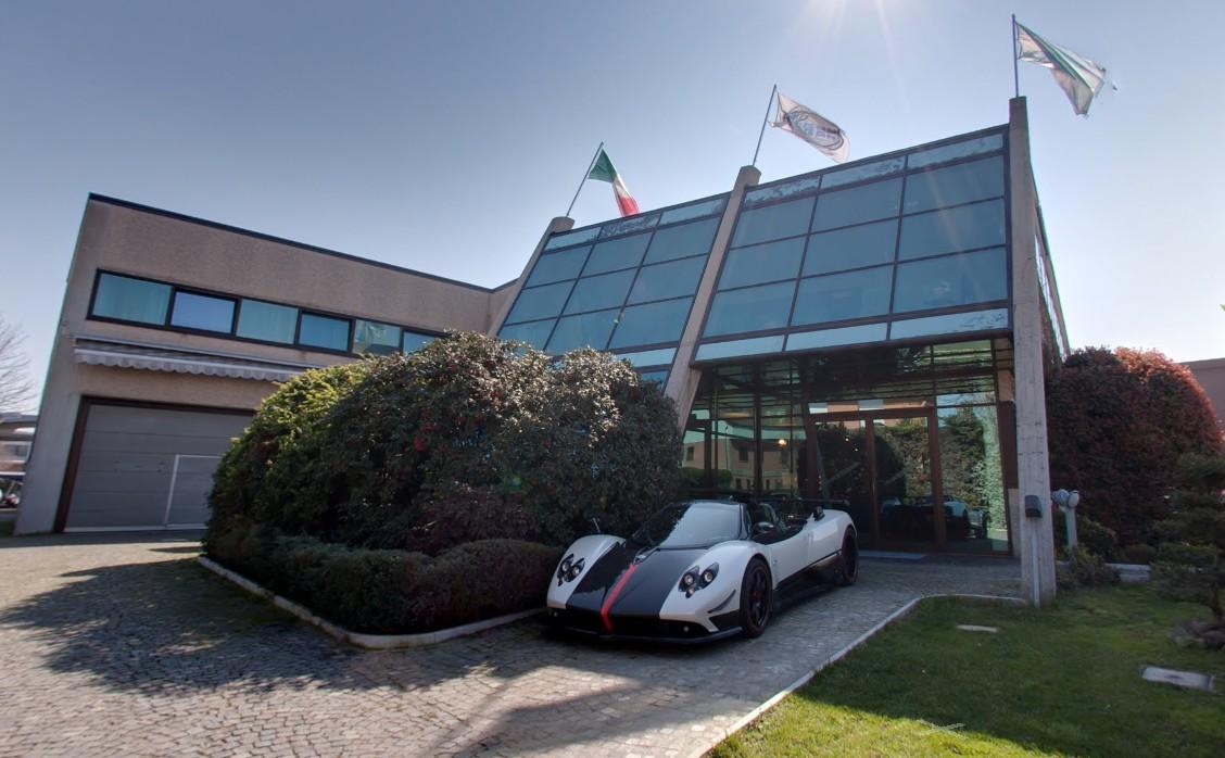 Sede da Pagani Automobili S.p.A. na Itália. É aqui que todos os modelos da marca são produzidos à mão há quase 2 décadas.