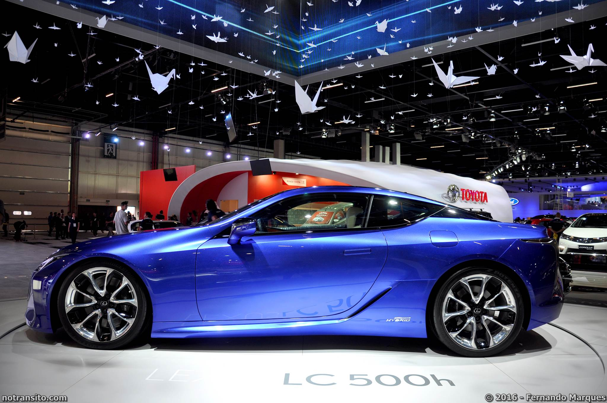 Lexus LC 500h Salão do Automóvel 2016