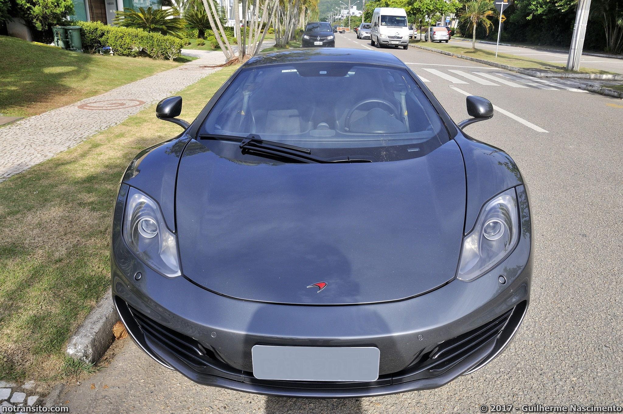 Lamborghini-Aventador-LP-700-4-McLaren-MP4-12C-005
