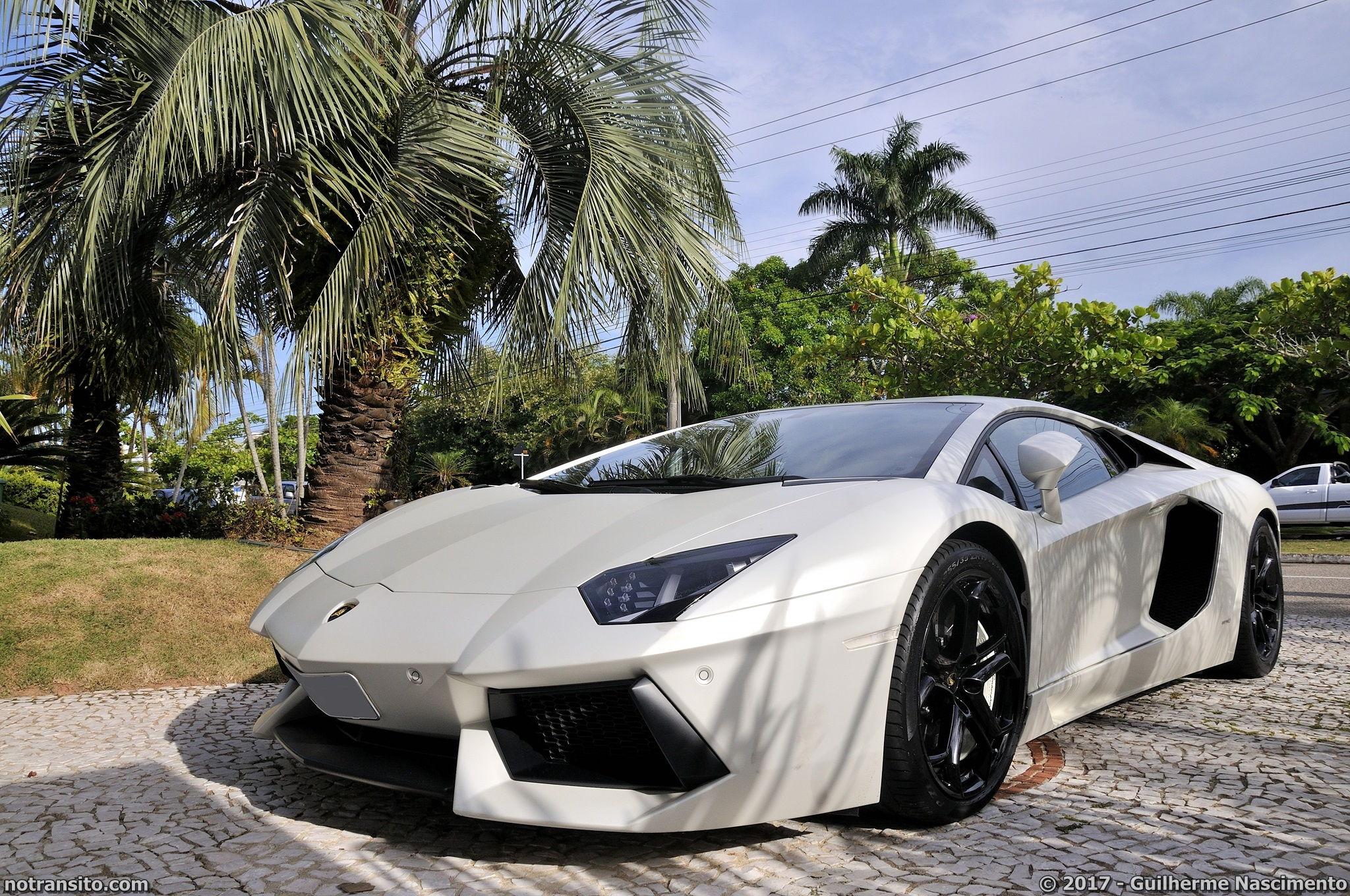 Lamborghini-Aventador-LP-700-4-McLaren-MP4-12C-008