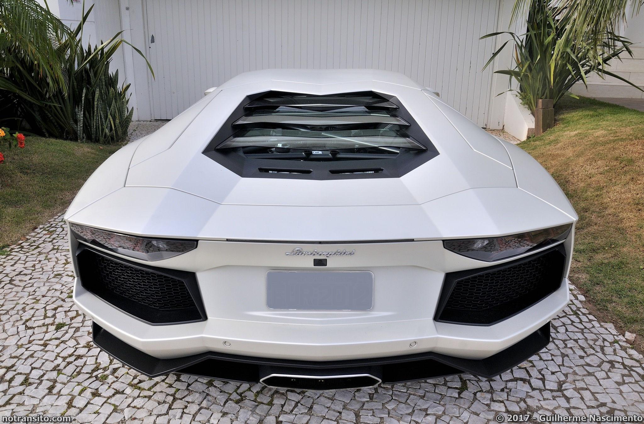 Lamborghini-Aventador-LP-700-4-McLaren-MP4-12C-013