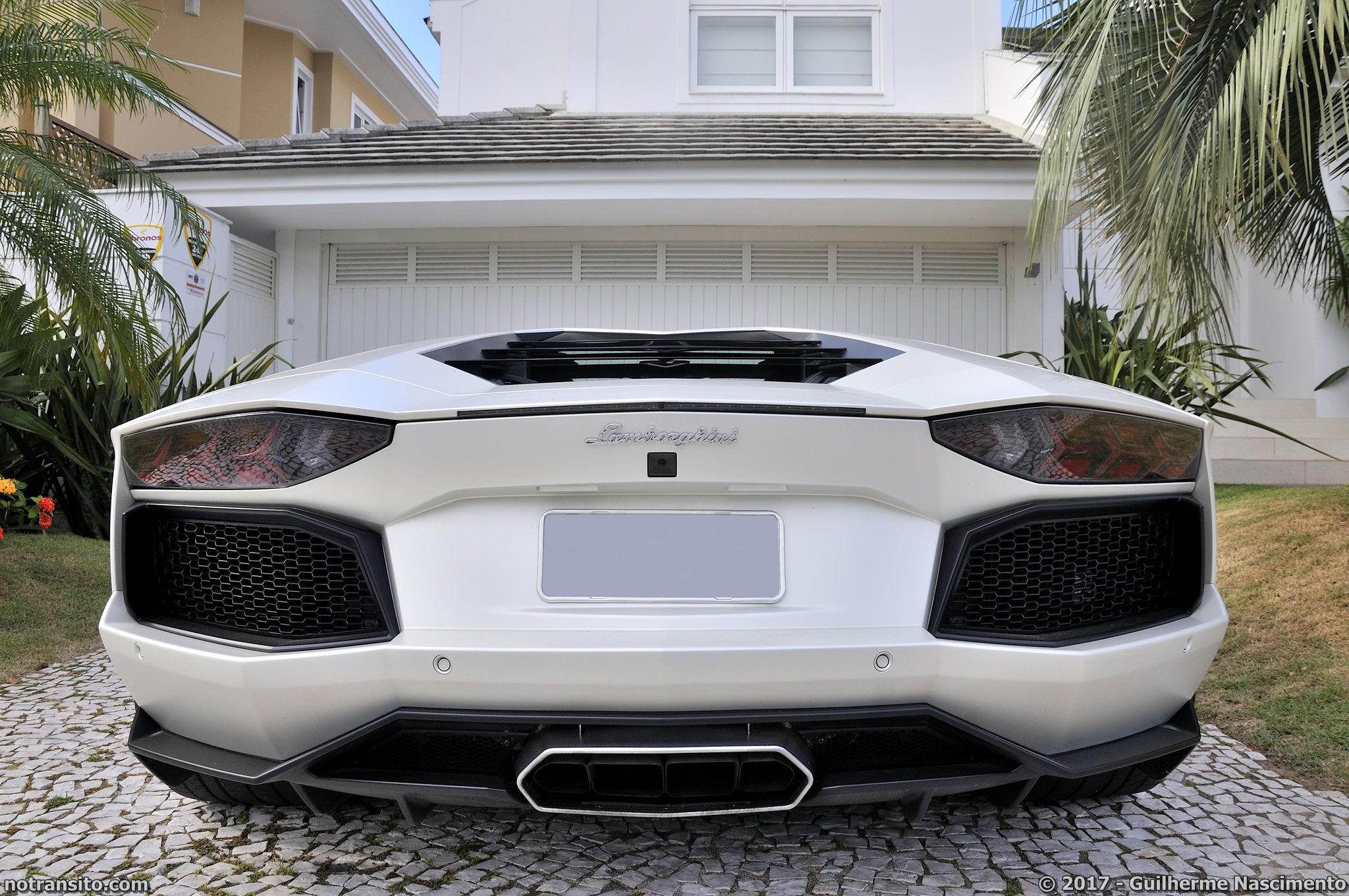 Lamborghini-Aventador-LP-700-4-McLaren-MP4-12C-014