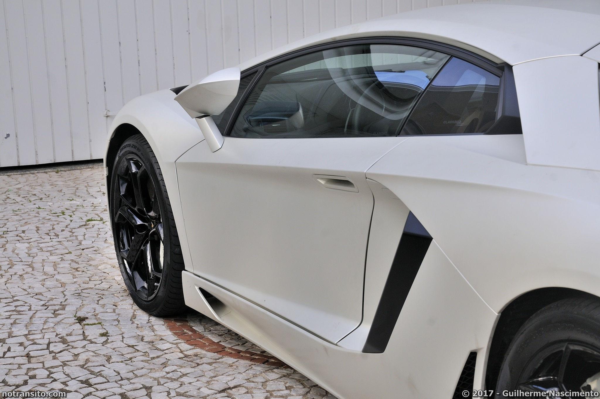 Lamborghini-Aventador-LP-700-4-McLaren-MP4-12C-015