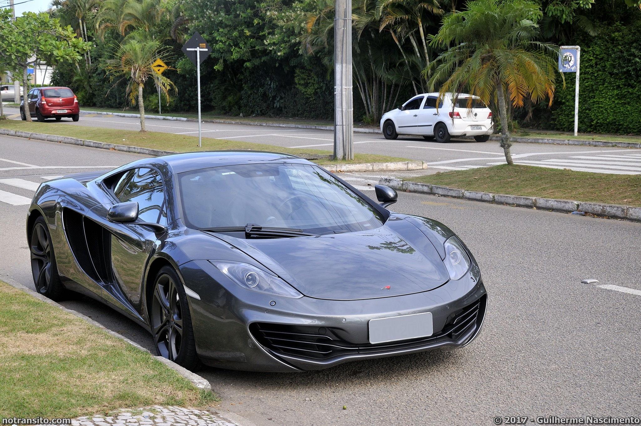 Lamborghini-Aventador-LP-700-4-McLaren-MP4-12C-016