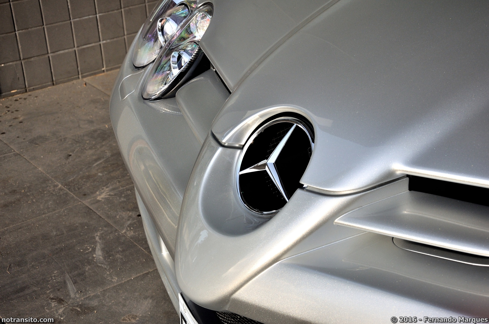 Mercedes-Benz-SLR-McLaren-Roadster-009