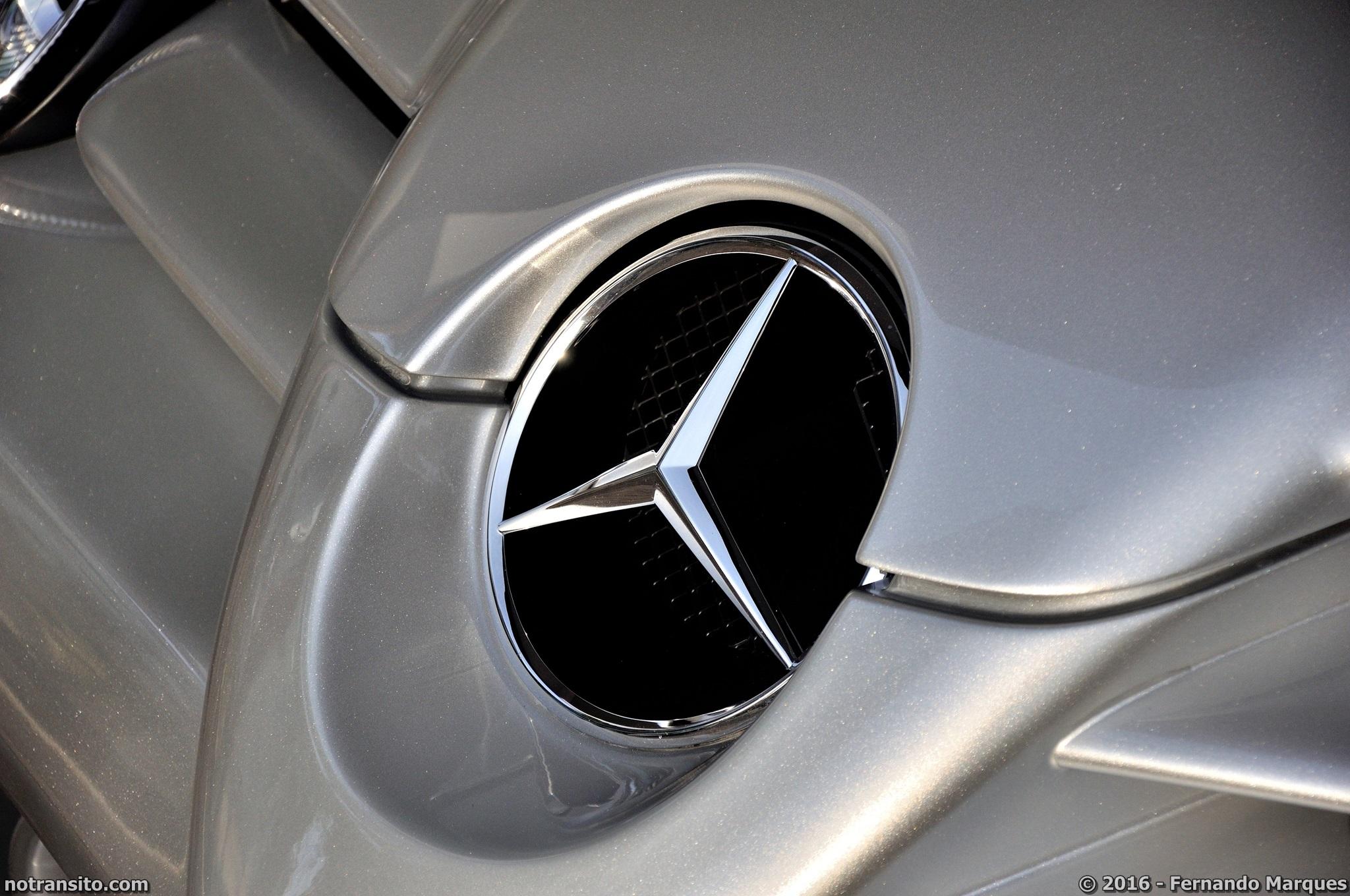 Mercedes-Benz-SLR-McLaren-Roadster-010