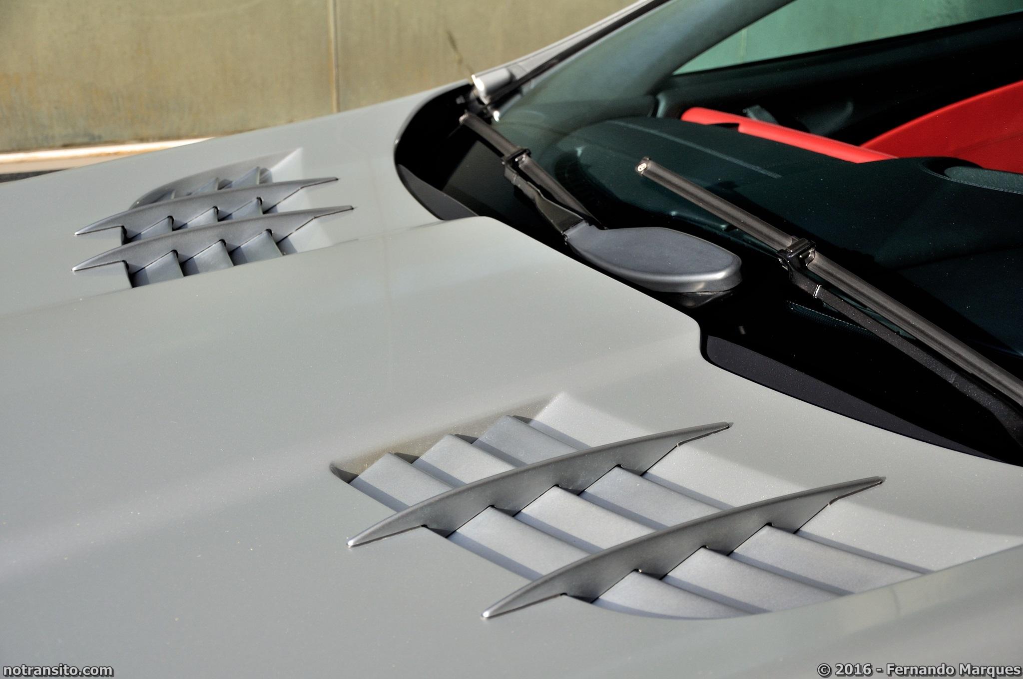 Mercedes-Benz-SLR-McLaren-Roadster-011