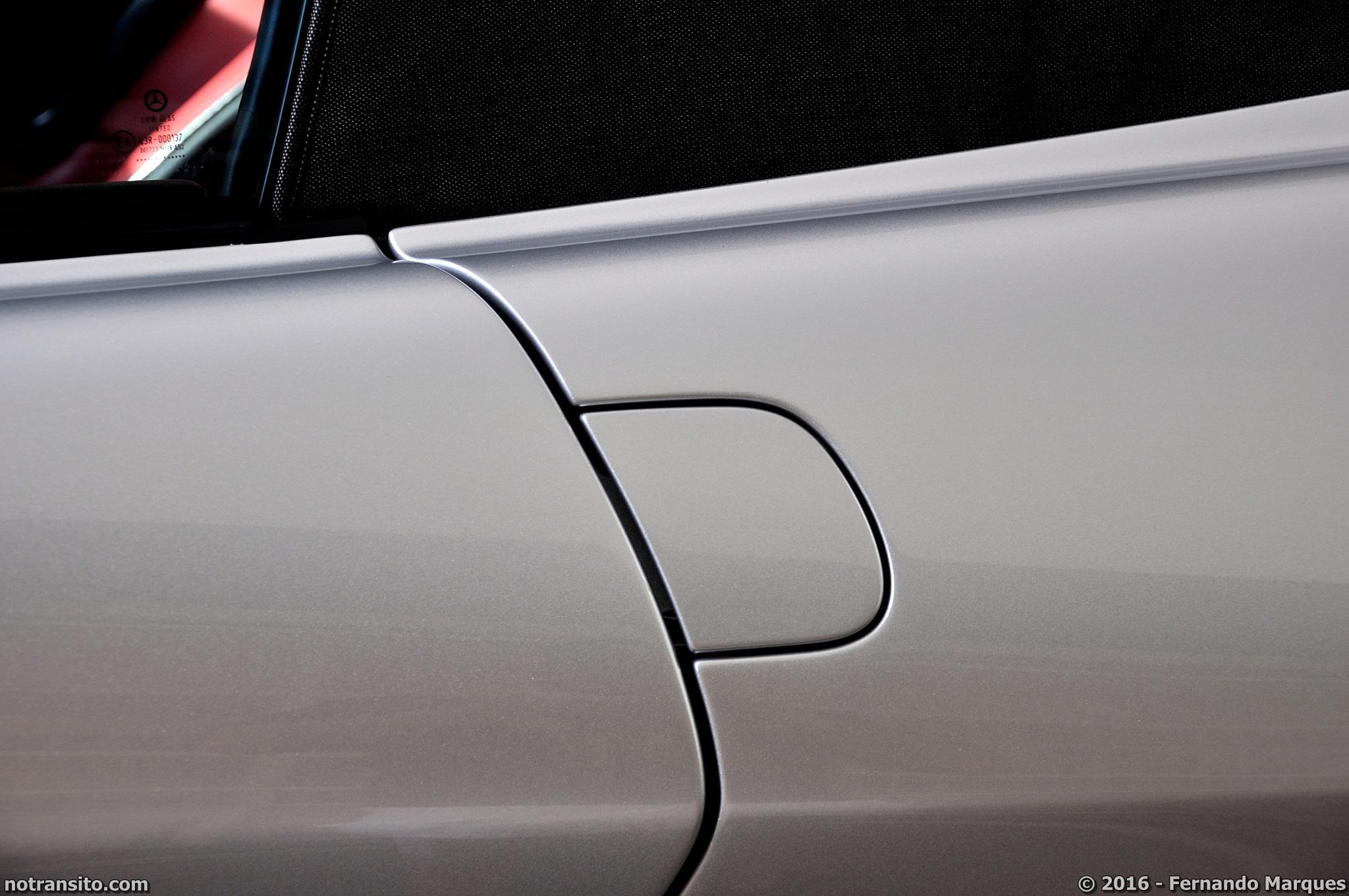 Mercedes-Benz-SLR-McLaren-Roadster-013