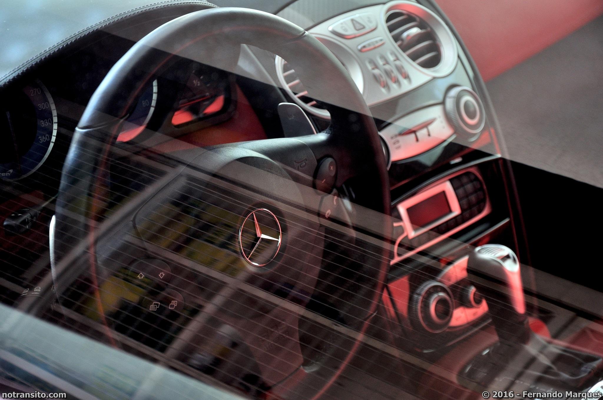 Mercedes-Benz-SLR-McLaren-Roadster-016