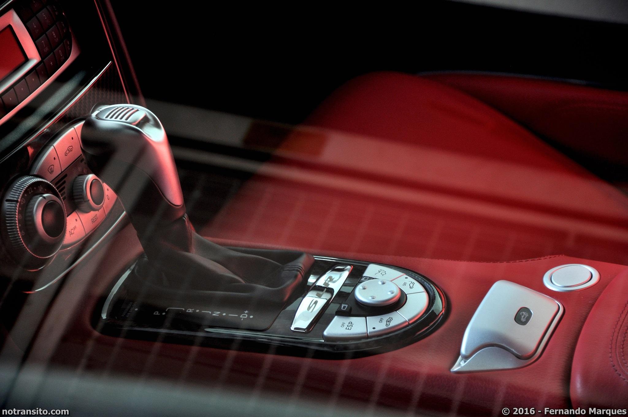 Mercedes-Benz-SLR-McLaren-Roadster-017