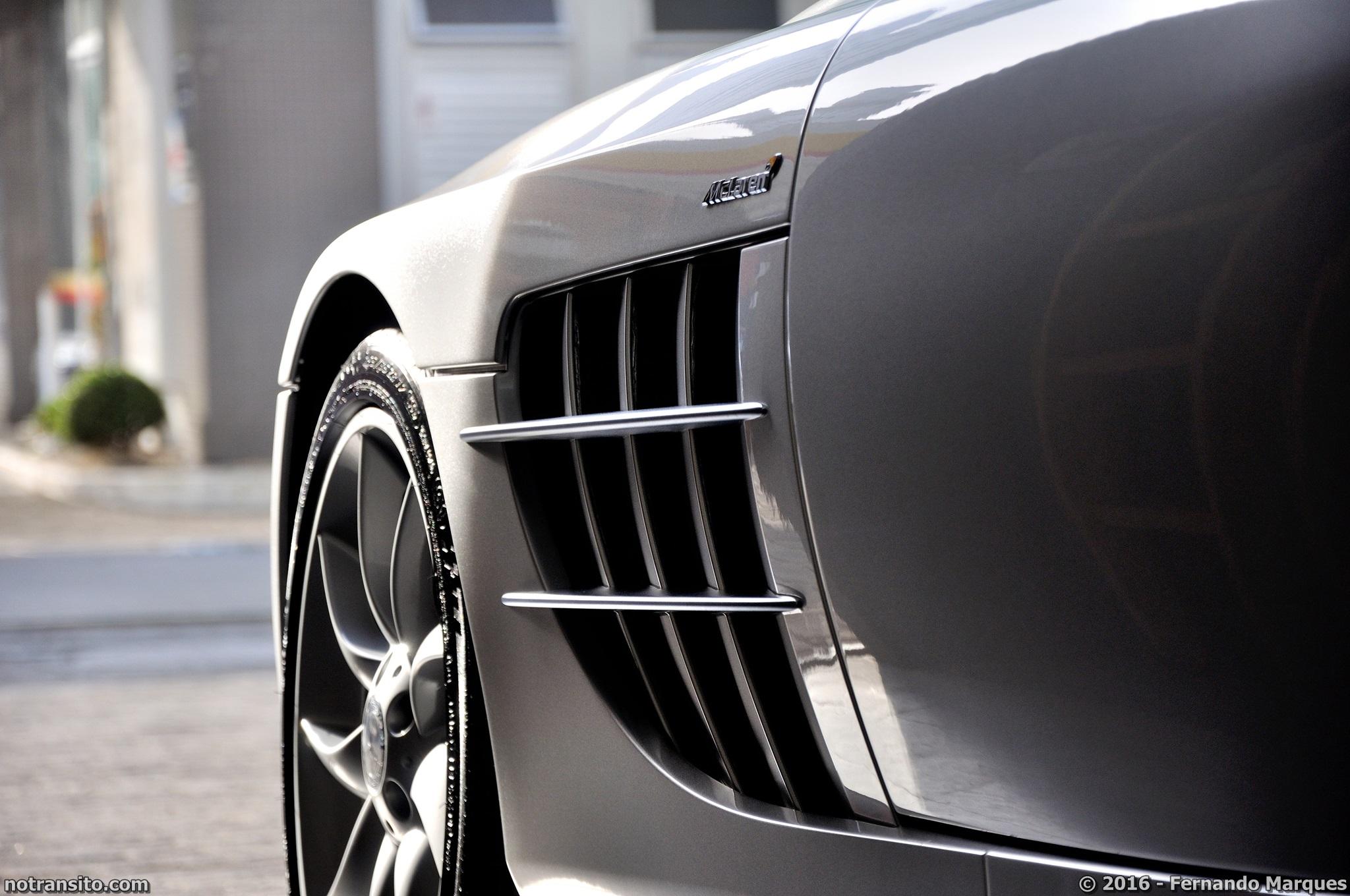 Mercedes-Benz-SLR-McLaren-Roadster-019