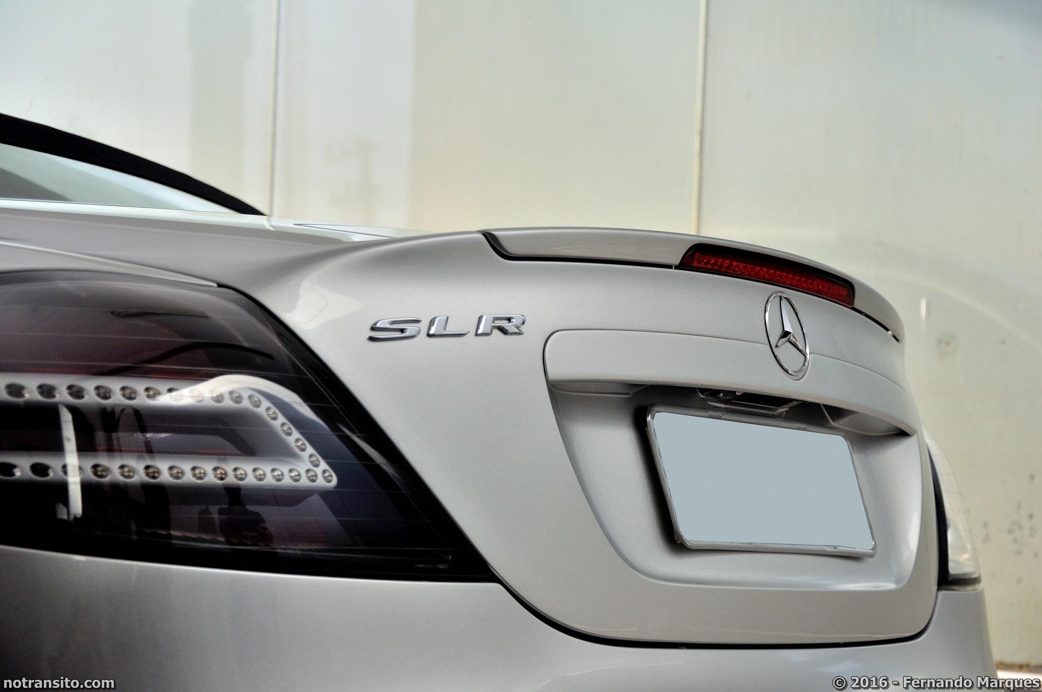 Mercedes-Benz-SLR-McLaren-Roadster-021