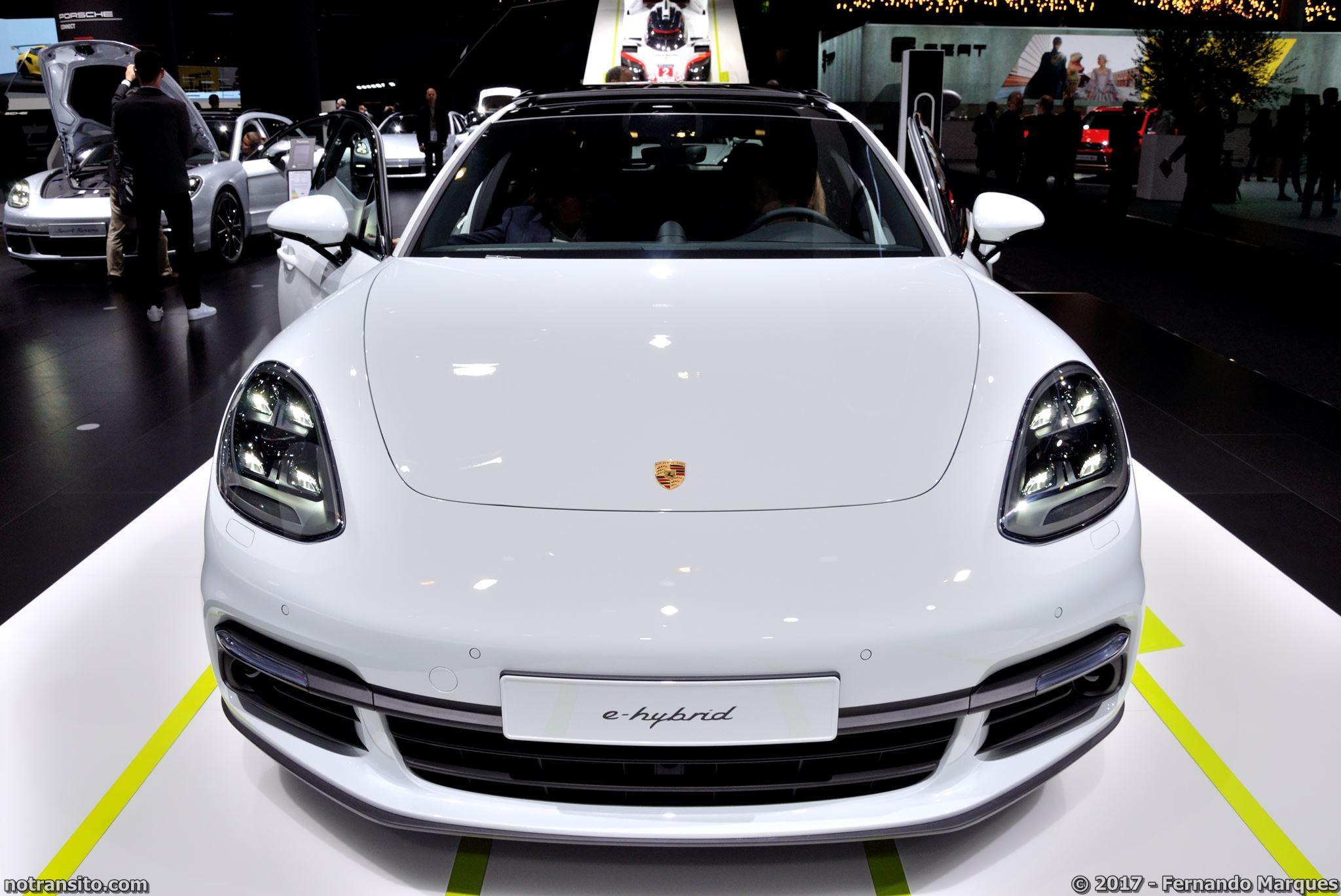 Estande-Porsche-Frankfurt-2017-001