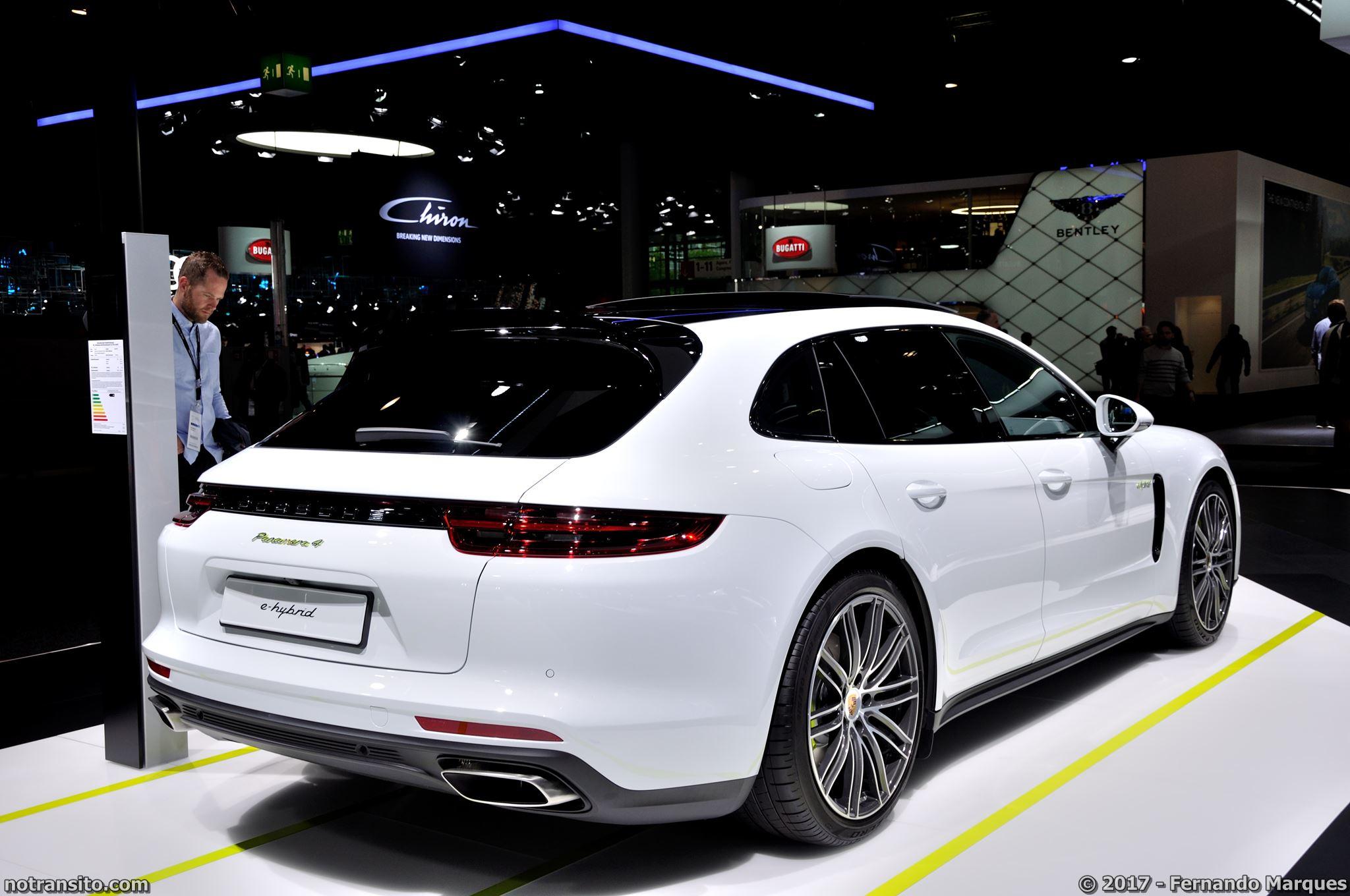 Estande-Porsche-Frankfurt-2017-010