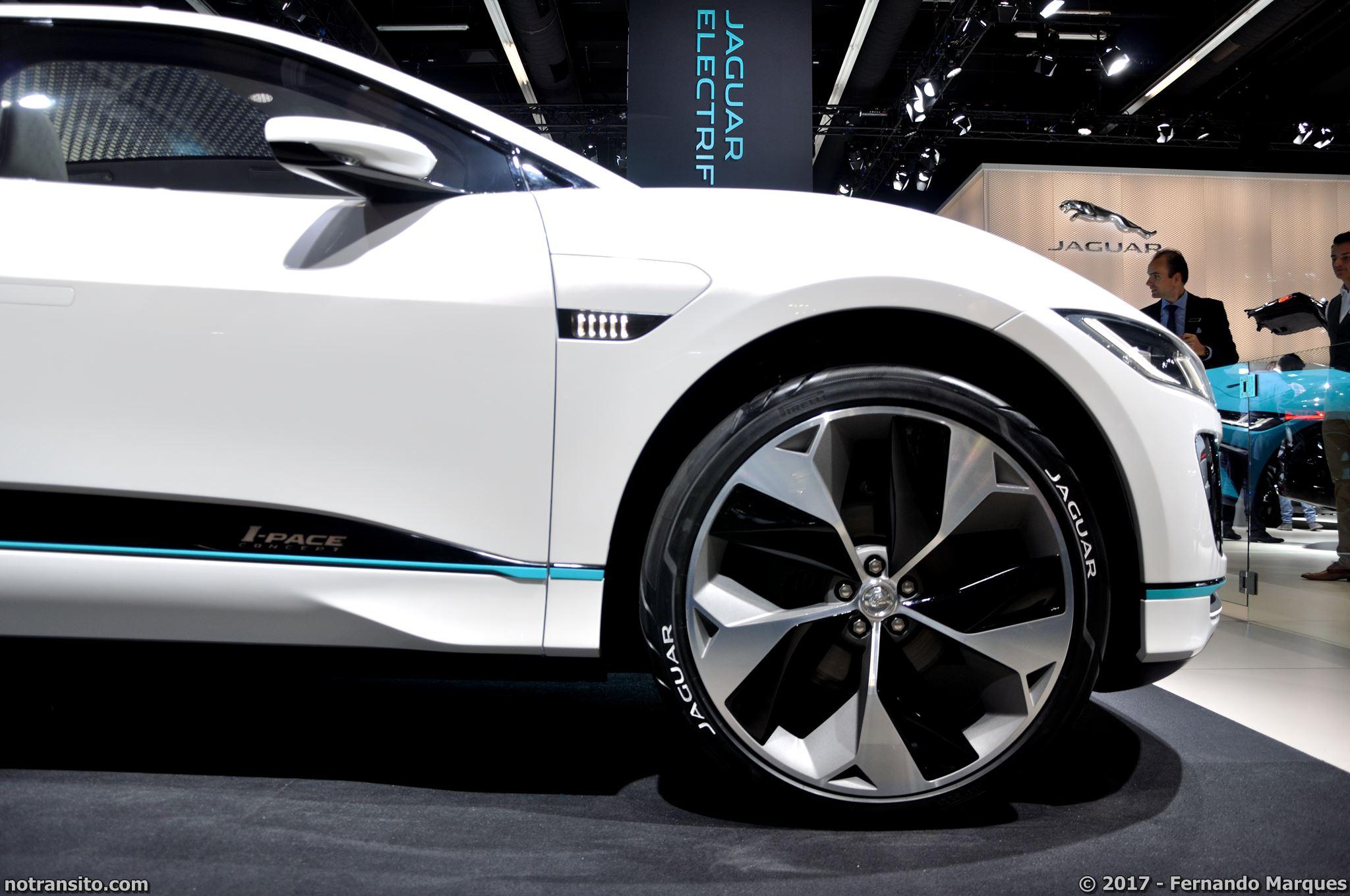 Jaguar-I-Pace-Frankfurt-2017-003