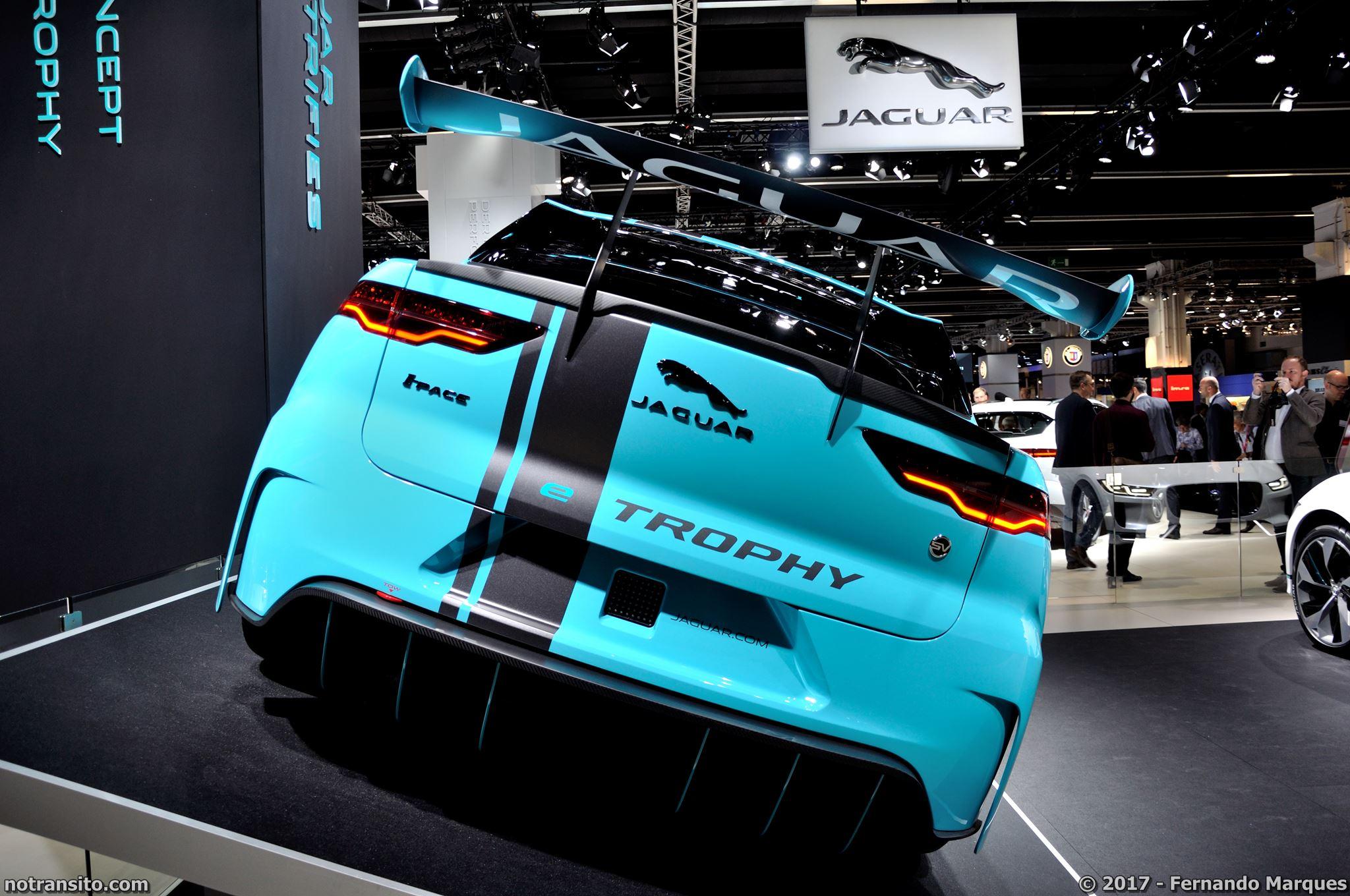 Jaguar-I-Pace-Frankfurt-2017-010