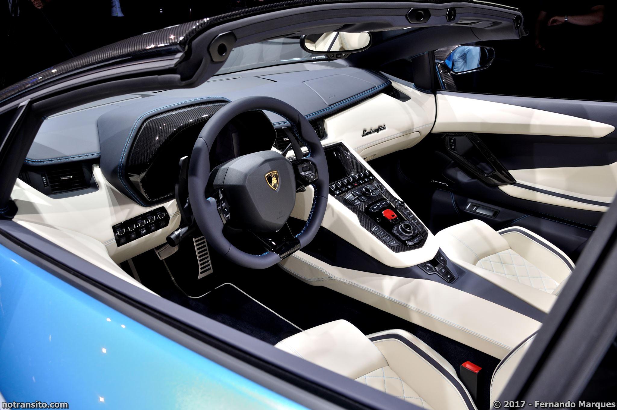 Lamborghini-Aventador-S-Roadster-Frankfurt-2017-006