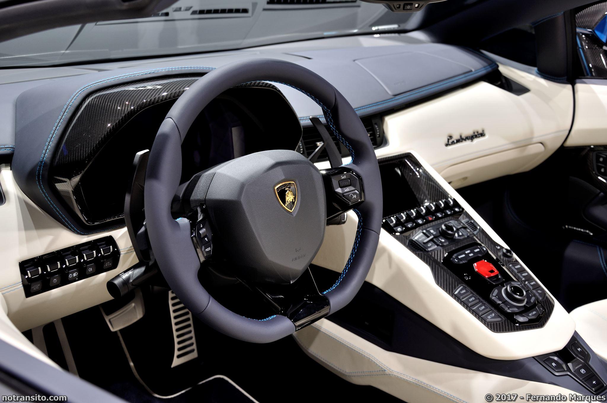 Lamborghini-Aventador-S-Roadster-Frankfurt-2017-007