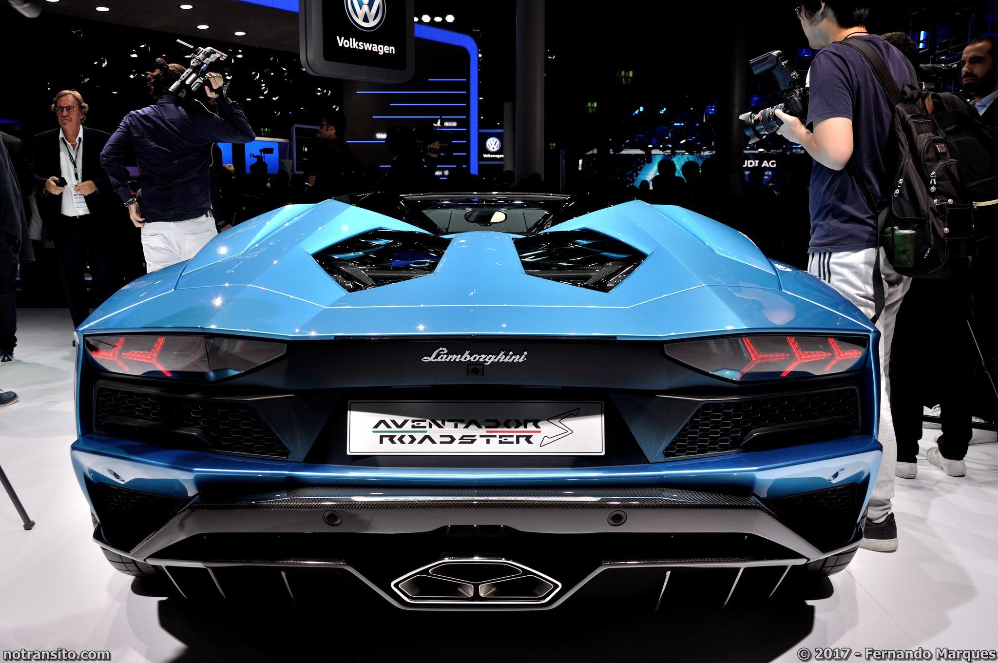 Lamborghini-Aventador-S-Roadster-Frankfurt-2017-011