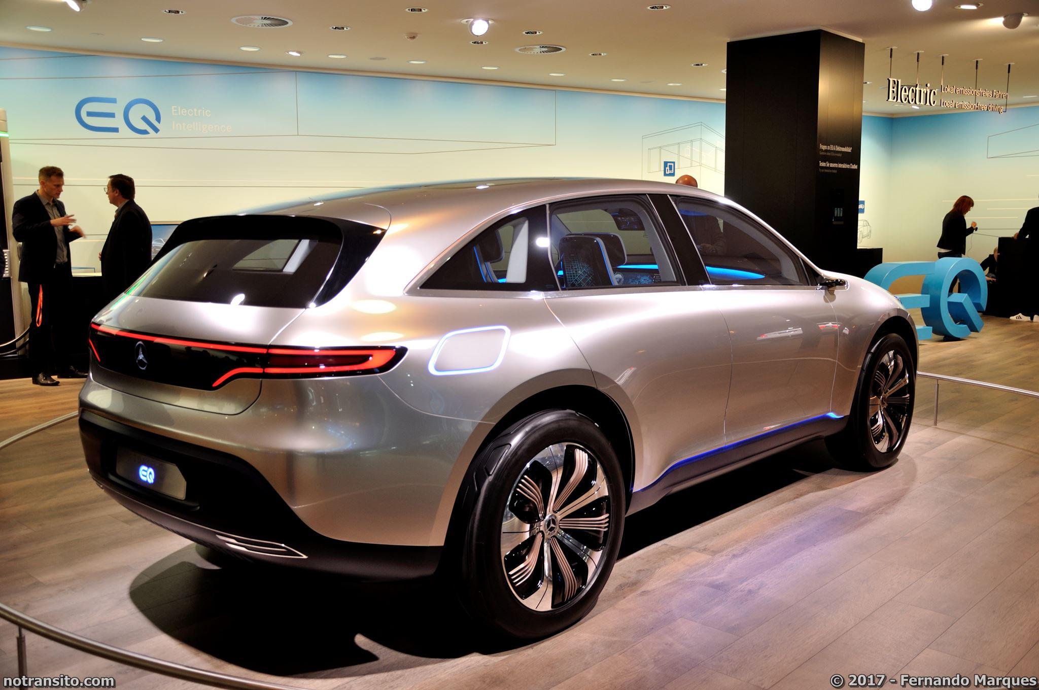 Mercedes-Concept-EQ-Frankfurt-2017-001