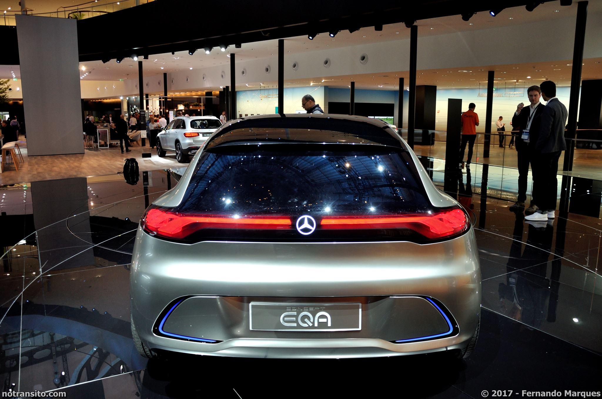 Mercedes-Concept-EQA-Frankfurt-2017-001