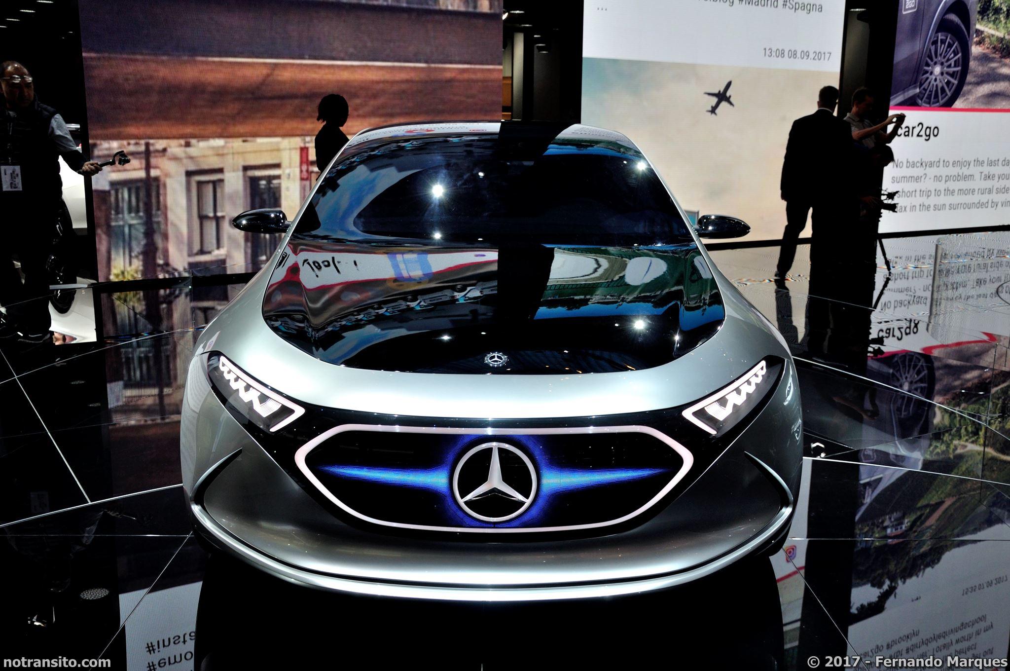 Mercedes-Concept-EQA-Frankfurt-2017-005