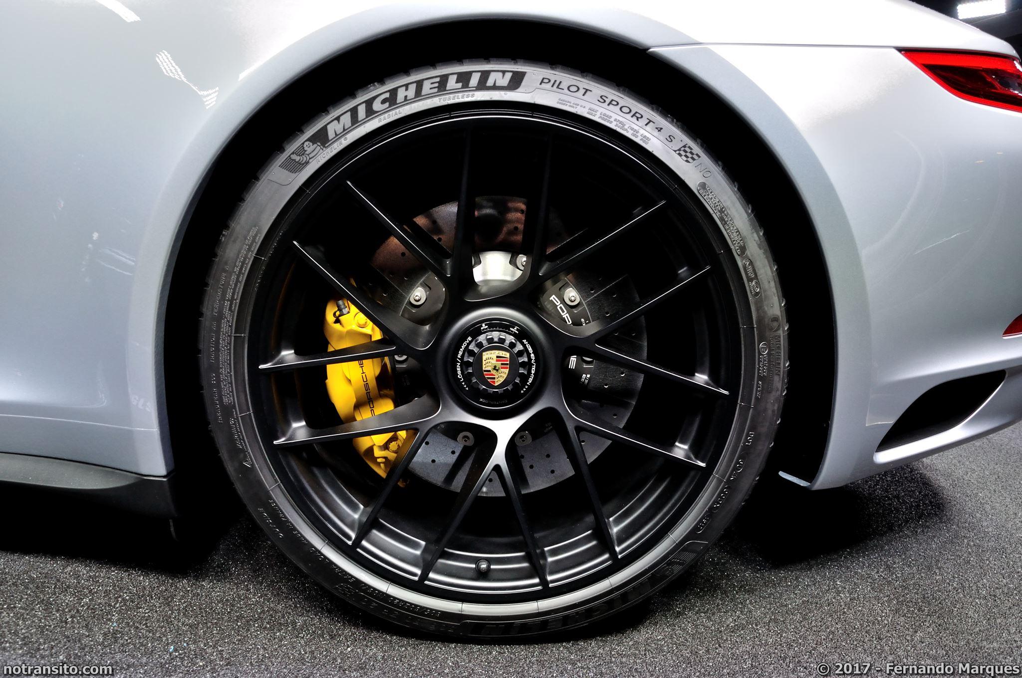 Porsche-911-Carrera-4-GTS-Frankfurt-2017-004