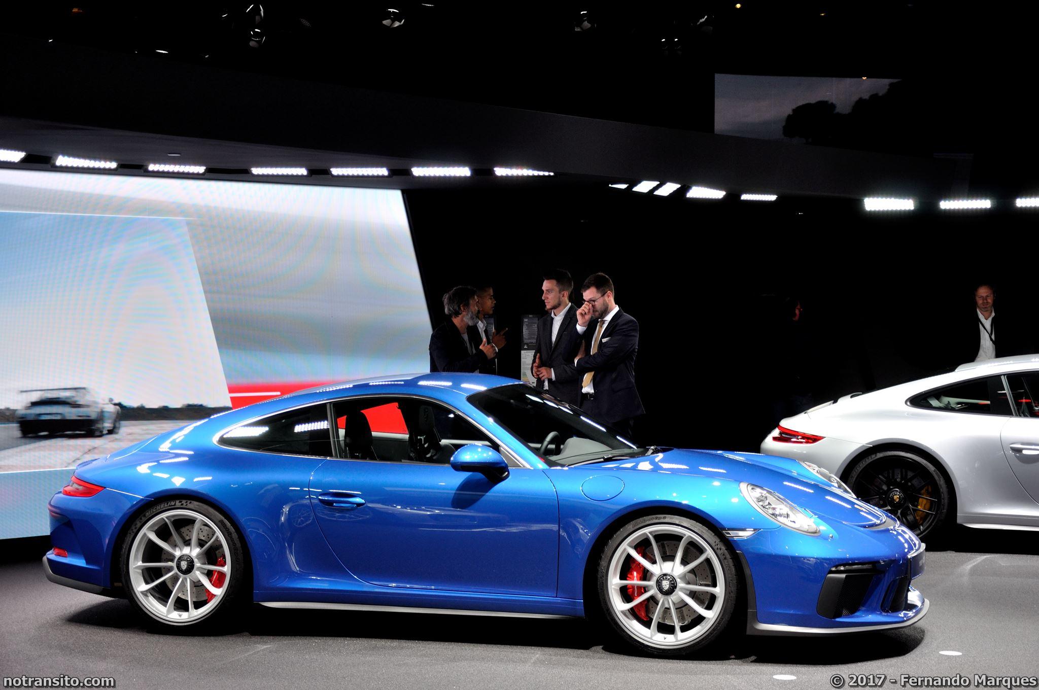 Porsche-911-GT3-Touring-Package-Frankfurt-2017-001