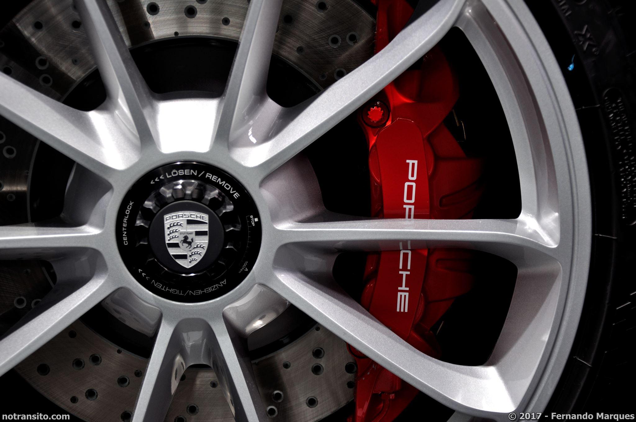 Porsche-911-GT3-Touring-Package-Frankfurt-2017-010