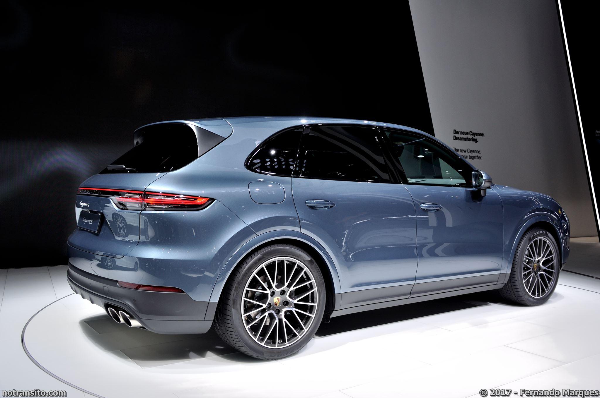 Porsche-Cayenne-Turbo-Frankfurt-2017-011
