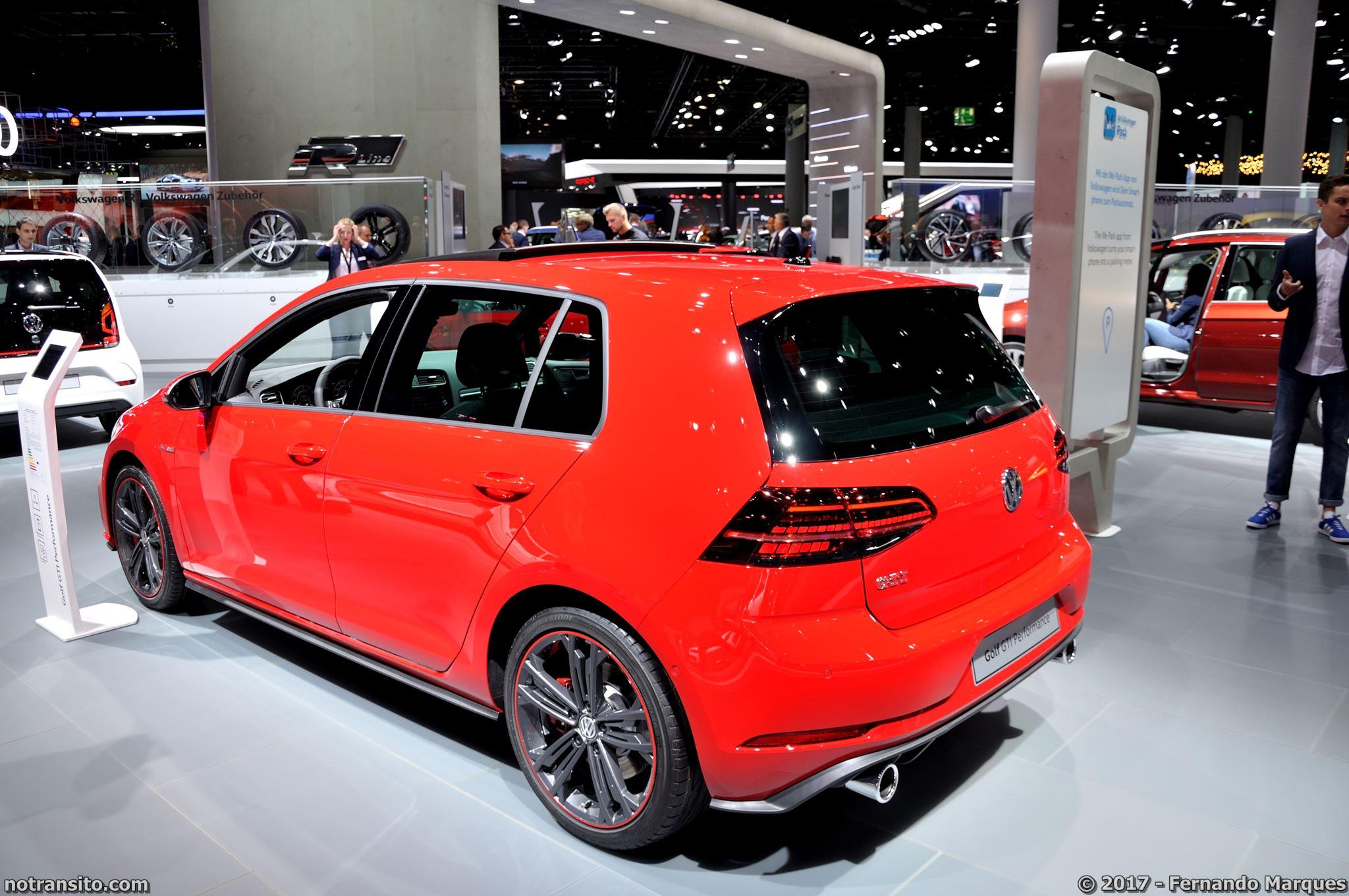 Volkswagen-Golf-GTI-Frankfurt-2017-015