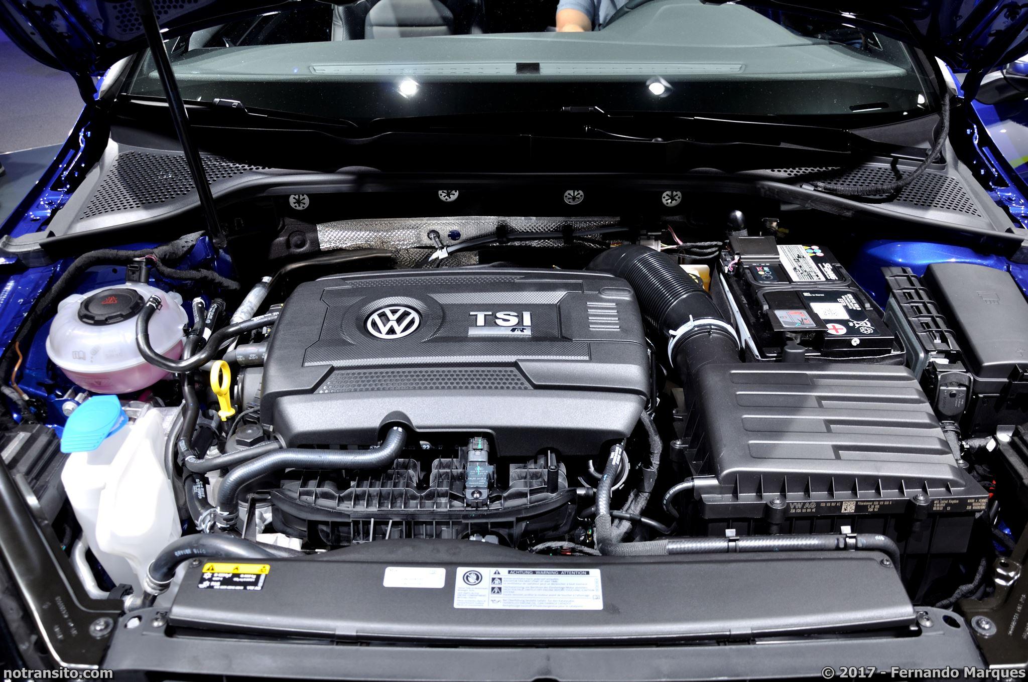 Volkswagen-Golf-R-Performance-Frankfurt-2017-002