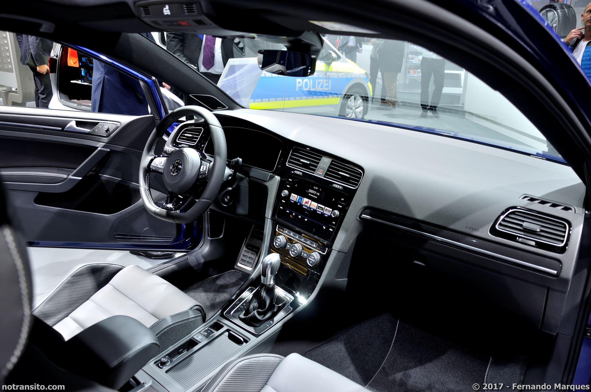 Volkswagen-Golf-R-Performance-Frankfurt-2017-007