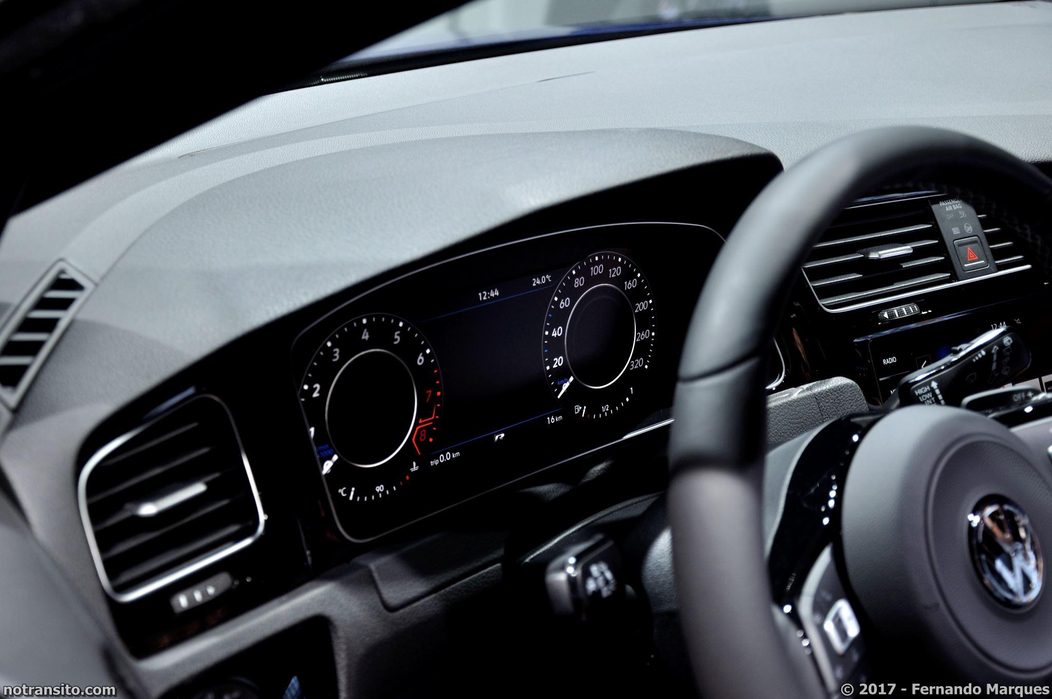 Volkswagen-Golf-R-Performance-Frankfurt-2017-009