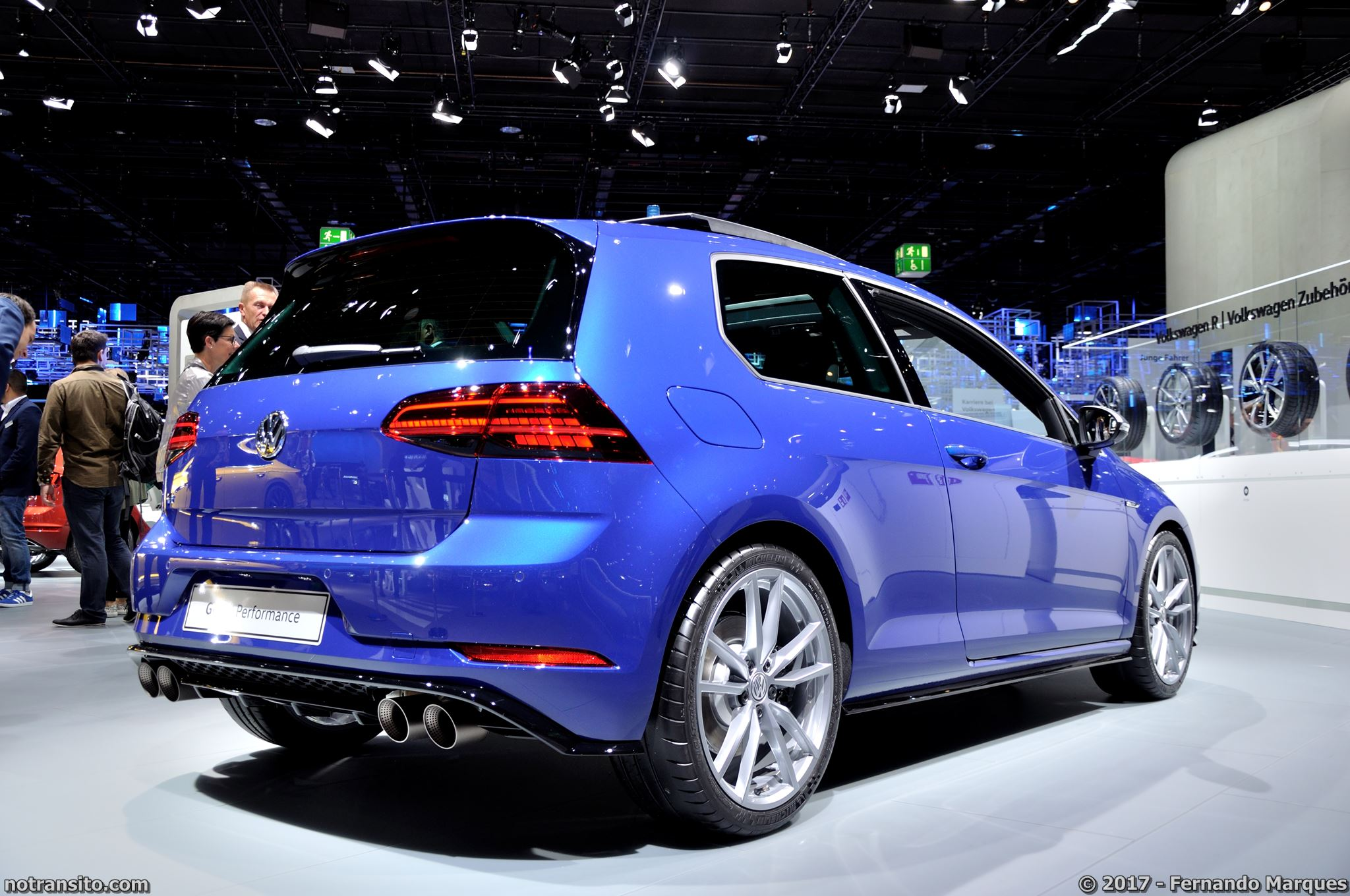 Volkswagen-Golf-R-Performance-Frankfurt-2017-015