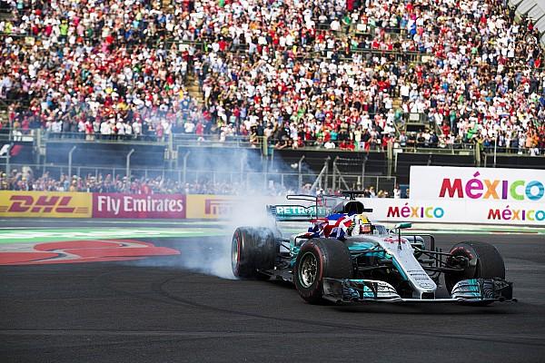 """Hamilton dando """"zerinhos"""" ao final da prova. Nunca uma nona colocação foi tão comemorada."""