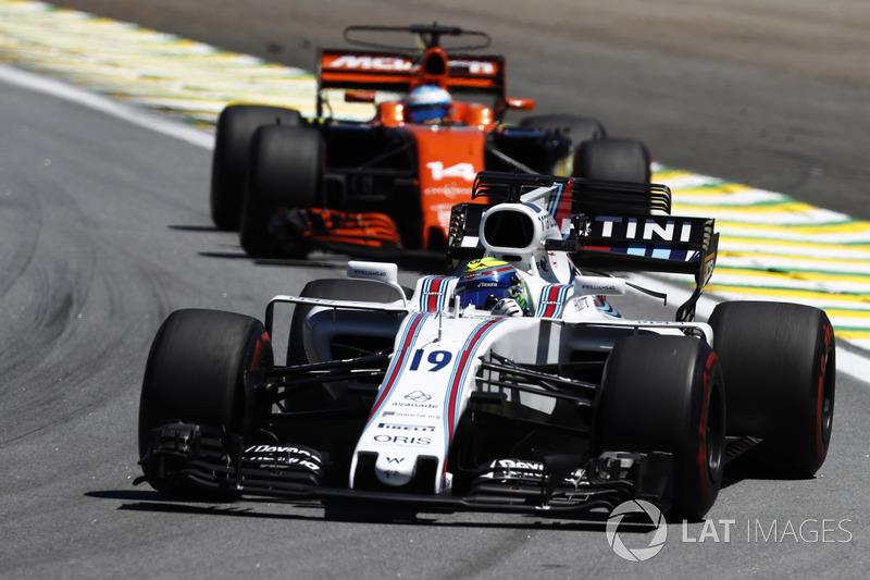 Massa e Alonso fizeram um lindo duelo durante toda a prova.
